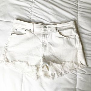 Levis Womens Shorts Size 32 Mid Rise